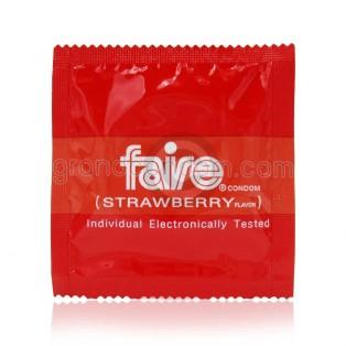 Faire Strawberry 49 มม. (ถุงยางอนามัยแฟร์ สตรอเบอร์รี่)